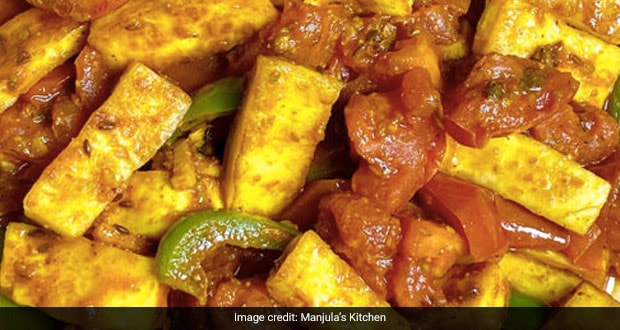 Watch: Want A Simple, Unique Paneer Recipe? Try This 15-Min Paneer Tomato Curry