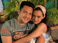 Aditya Narayan's Caption For Pic With Wife Shweta Agarwal Is Pure Couple Goals