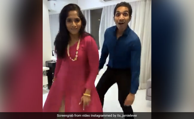 Jamie Lever did a wonderful dance on the song of Thalapathi Vijay with her brother, Dil Legi brother-sister duo ... Watch Video