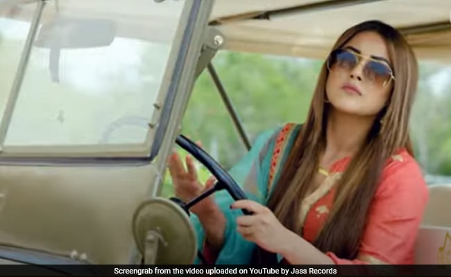 Shehnaaz Gill's Punjabi song Chad Khehrra exploded on YouTube, Throwback video went viral