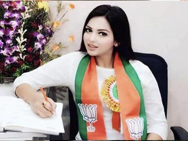 Video : Bengal BJP Leader Caught With Cocaine, Names Colleague Close To Kailash Vijayvargiya