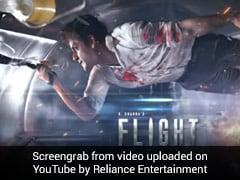 Flight: मोहित चड्ढा की फिल्म 'फ्लाइट' का मोशन पोस्टर रिलीज होते ही वायरल, देखें खतरनाक Video