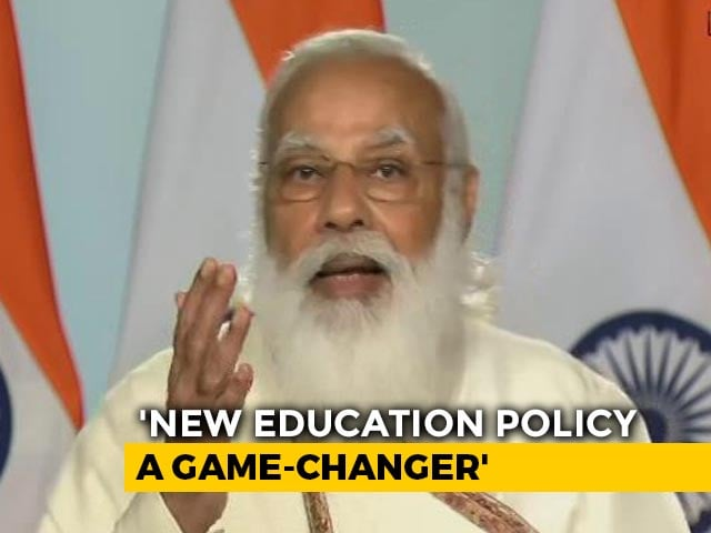 """Video : """"Want To Be Part Of Problem Or Solution?"""": PM At Visva Bharati Convocation"""