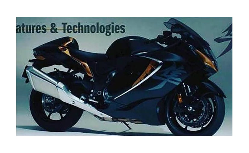 The 2021 Suzuki Hayabusa retains its familiary silhouette but the overall design is new