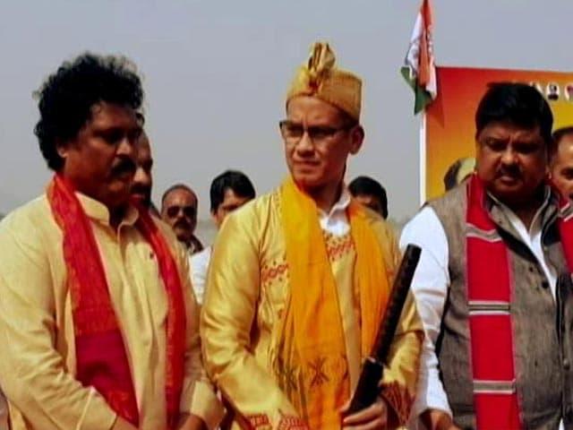 Video : Congress Starts Assam <i>Bachao Yatra</i> Amid BJP's High-Octane Campaign