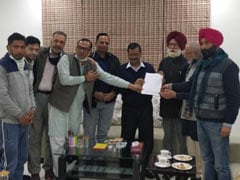 """Farmers' Unions Meet Delhi Chief Minister Over """"Missing"""" Protesters"""