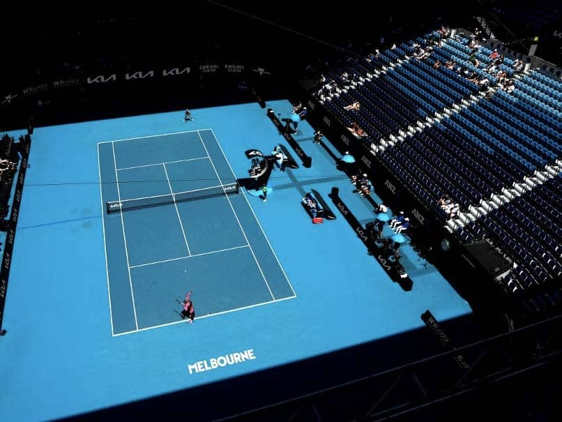 """Players To Compete In Biosecure """"Bubble"""" As Australian Open To Continue Without Fans"""