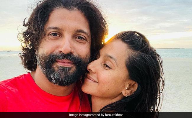 Valentine's Day 2021: Farhan Akhtar, Shibani Dandekar Exchange 'Forever' Vows