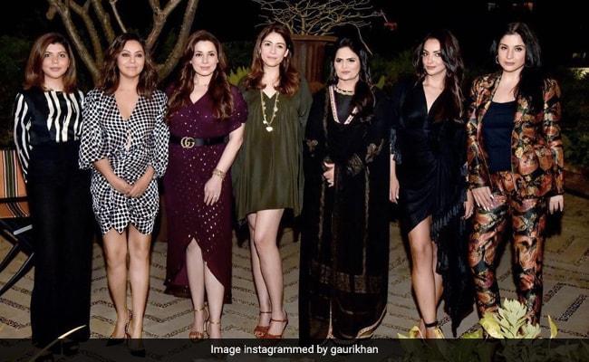 Just A Pic From Gauri Khan, Maheep Kapoor, Seema Khan, Neelam Kothari And Bhavana Pandey's Fabulous Get-Together