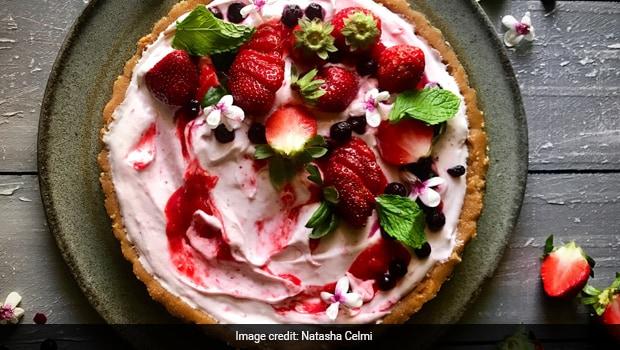 Strawberry Cheesecake Tart with Strawberry Gelato