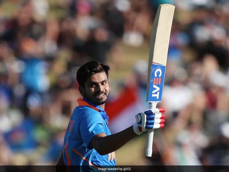 Vijay Hazare Trophy 2021: कप्तान श्रेयस अय्यर ने नाबाद शतक से इंग्लैंड को दिखायी फॉर्म, मुंबई जीती