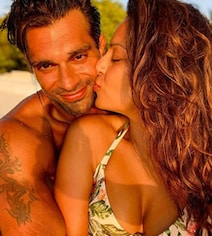 Another Day, Another Post From Bipasha And Karan's 'Island Life'