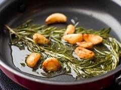 Roasted Garlic Benefits: पुरुषों के लिए बेहद फायदेमंद है भुनी लहसुन, रोजाना 2 कलियां चबाने से मिलते हैं ये 6 फायदे