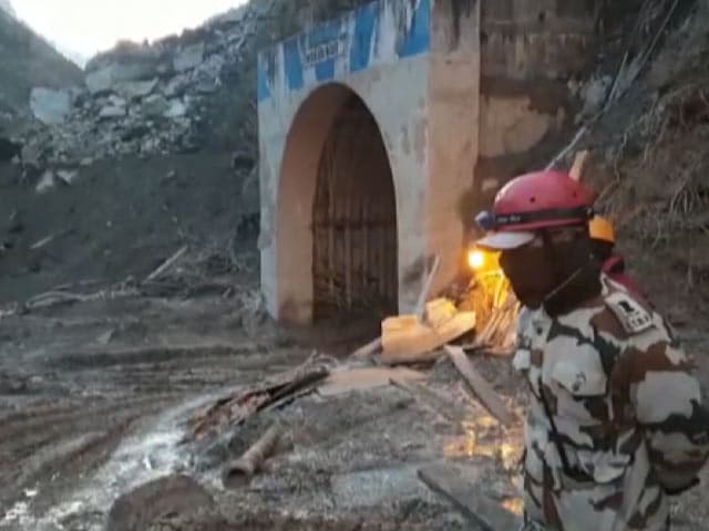 Video : Watch: Rescue Operation Continues At Uttarakhand Tunnel