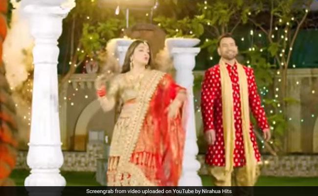 Amrapali Dubey ने भोजपुरी सॉन्ग पर Nirahua संग किया डांस, बार-बार देखा जा रहा Video