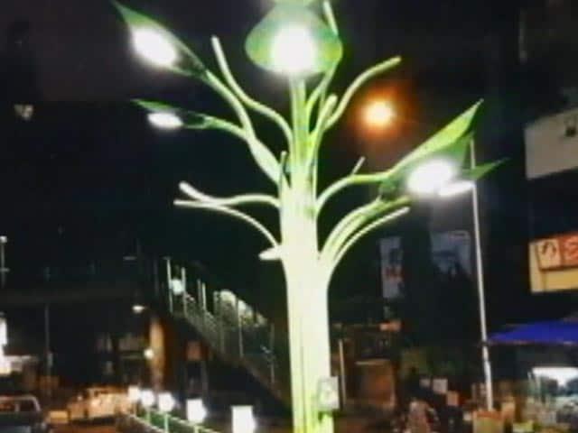 Video: Solar Trees Powering The Maximum City