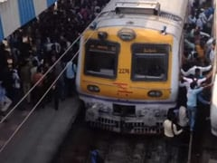 Fact-Check: Viral Video Of Crowded Mumbai Station Is From Pre-Covid Times