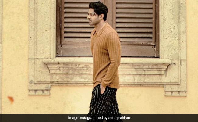 ICYMI: Prabhas' New Look From Radhe Shyam - NDTV