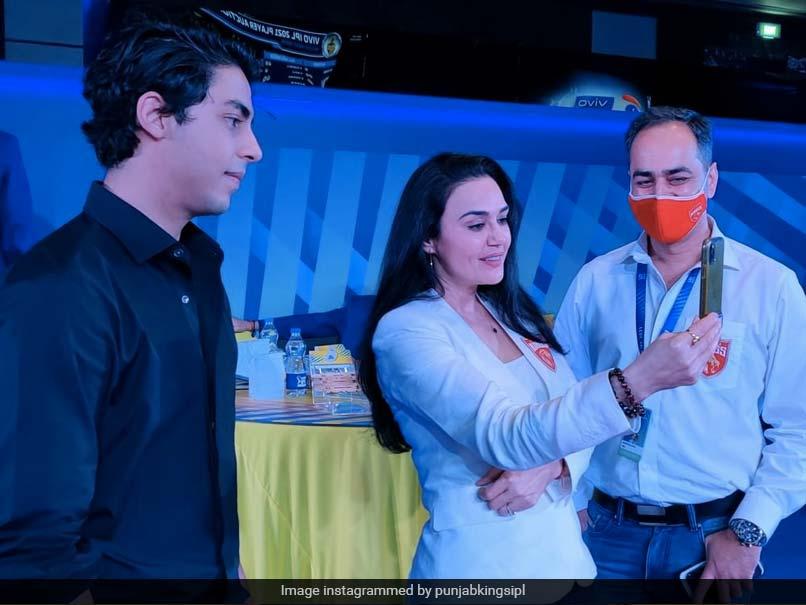 """""""We Got Shahrukh"""": Preity Zinta Teases Shah Rukh Khans Son Aryan At IPL Auction. Watch"""