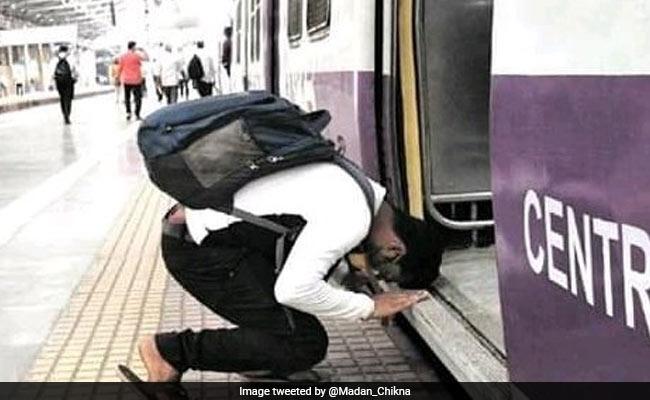 Viral Pic Shows Man Bowing Before Mumbai Local Train. Anand Mahindra Says...