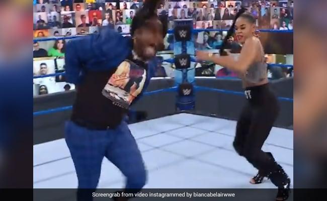 WWE: बियांका ब्लेयर का इस शख्स पर फूटा गुस्सा, चोटी से पीट-पीटकर किया रिंग से बाहर- देखें Video