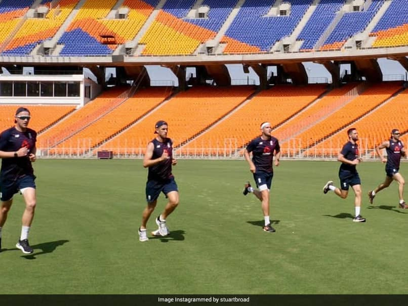 """India vs England: England Fast Bowlers """"Dying"""" To Use Pink Ball In India, Says Mark Wood"""