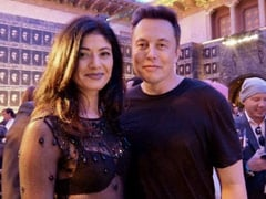 Pooja Batra's Pic With Elon Musk Has A <i>Game Of Thrones</i> Connection