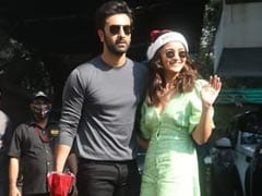 """Ranbir Kapoor Is Sharing His Wardrobe With You"": Alia Bhatt Fills In For Boyfriend On Instagram"