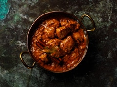 Garlic Chicken Recipe: How To Make Lehsuni Murg For A Quick Feast