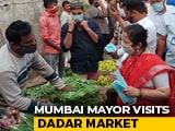 Video : Amid Covid Surge, Mumbai Mayor Distributes Masks At Popular Vegetable Market