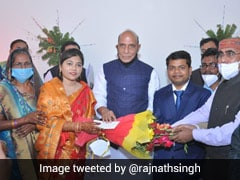 Rajnath Singh Attends Wedding Of Doctor Whose Education He Had Financed