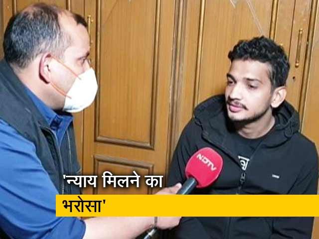 Videos : कानून पर पूरा भरोसा, रिहाई के बाद बोले कॉमेडियन मुनव्वर फ़ारूक़ी