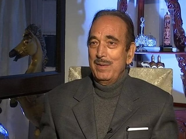 Video : PM's Rare Display Of Emotion At Ghulam Nabi Azad's Farewell