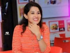 पुणे में युवती की खुदकुशी पर राजनीतिक खींचतान, फडणवीस ने की जांच की मांग