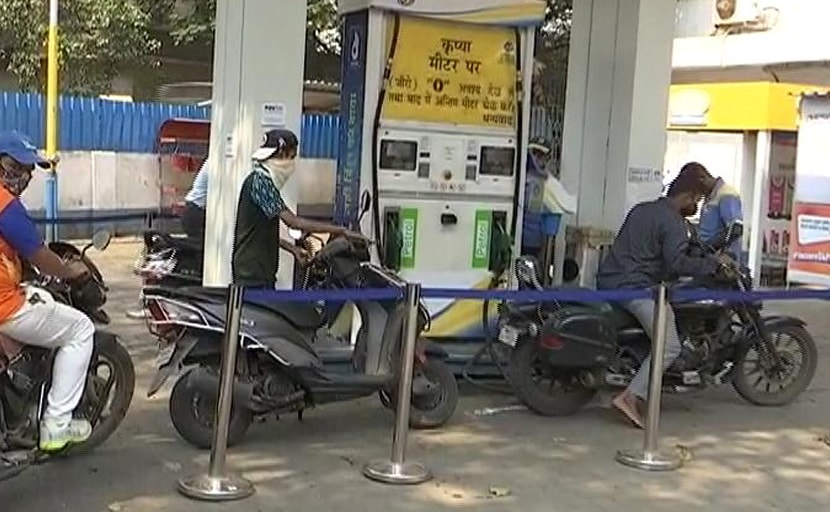 Normal Petrol's Price Crosses Rs 100 A Litre In Rajasthan's Sriganganagar