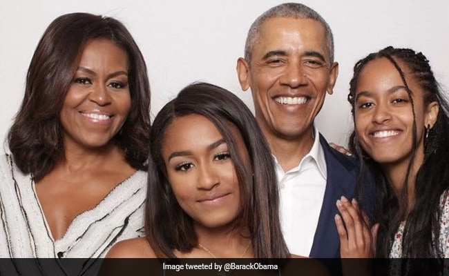'The 3 Who Never Fail To Make Me Smile': Obama's Valentine's Day Pic