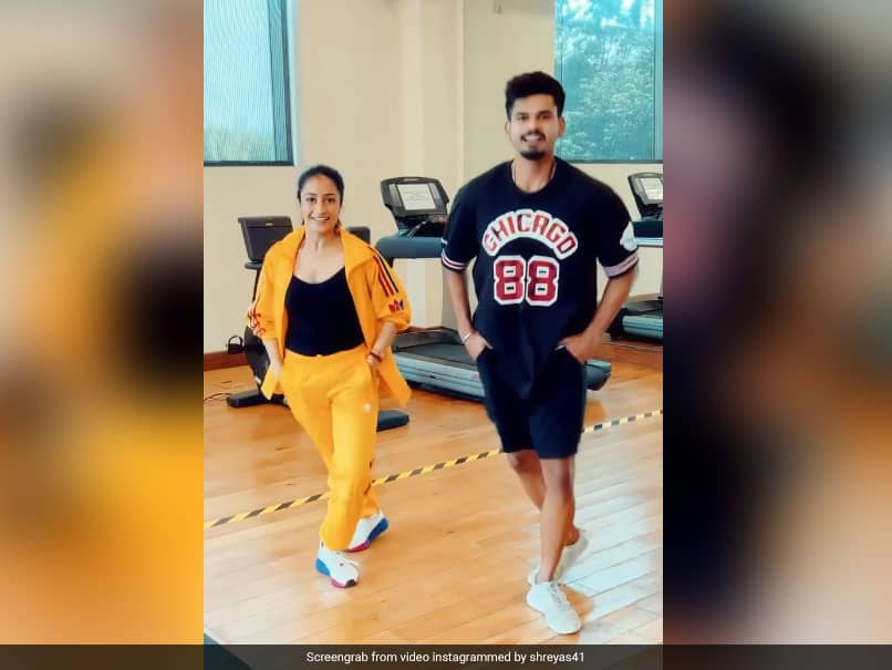 """Too Cool"": Shreyas Iyers Dance With Dhanashree Verma Impresses Hardik Pandya. Watch"