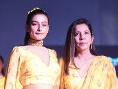 The Vogue India Show में फैशन डिज़ाइनर रोज़ी अहलूवालिया का जलवा, दुनिया को दिखाएंगी भारतीय संस्कृति की झलक