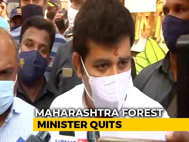 Video : Maharashtra Forest Minister Quits, BJP Alleges He's Linked To Suicide Case