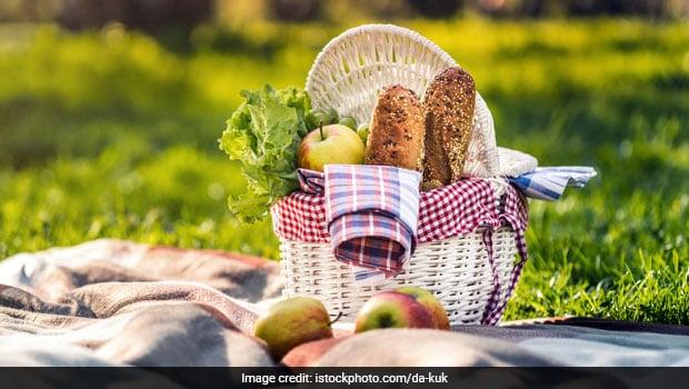 International Picnic Day 2021: Make These Three Quick Snack Recipes On International Picnic Day