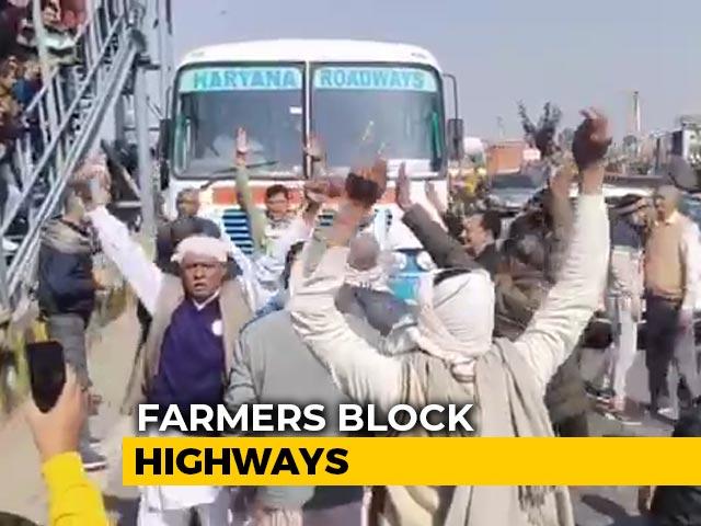 Video : Farmers Block Key Highway In Haryana During <i>Chakka</i> Jam, Delhi On High Alert
