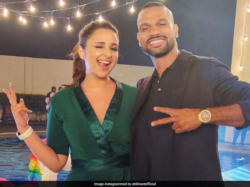 """Shikhar Dhawan Poses With Bollywood Actress Parineeti Chopra While Shooting Together, Thanks Her For """"A Superb Time"""""""