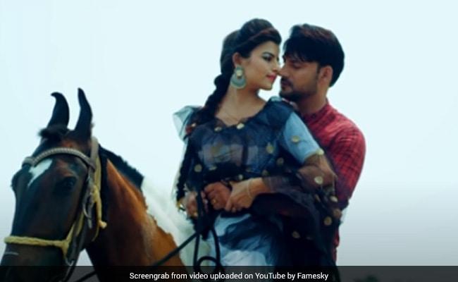अजय हुड्डा के हरियाणवी सॉन्ग 'सुथरी सी छोरी' का जबरदस्त धमाका, Video 5 करोड़ के पार