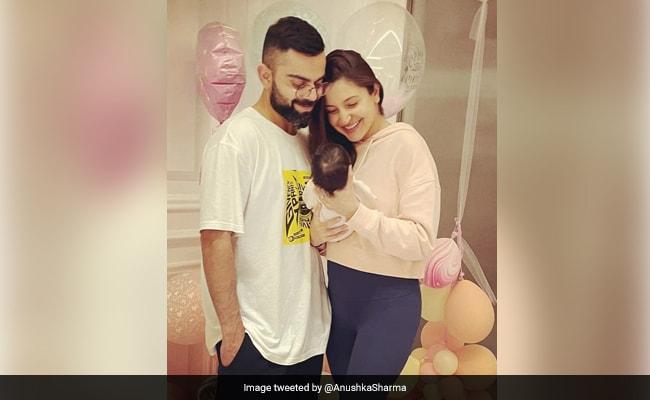 अनुष्का शर्मा और विराट कोहली ने बेटी की पहली Photo की शेयर, बताया ये रखा है नाम