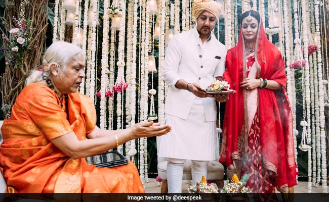 Dia Mirza's Shout Out To Woman Priest Who Conducted Her Wedding: 'Together We Can Rise Up'