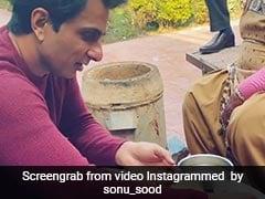 सोनू सूद ने इस अंदाज़ में बनाई परफेक्ट 'Tandoori Roti', फैन्स से कहा- 'सोनू द ढाबे' पर जल्दी आओ...देखें Video