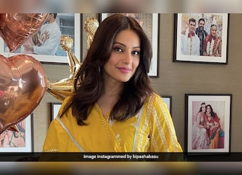 Watch Out, Chefs! Bipasha Basu Might Take Over With Her Cooking Skills
