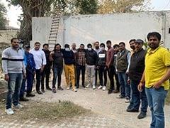 दिल्ली के नजफगढ़ में मुठभेड़, हत्या के आरोपी तीन बदमाश गिरफ्तार