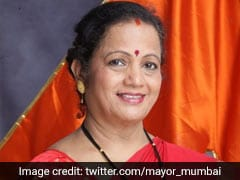 COVID-19: Mumbai Mayor Travels In Train To Spread Awareness About Masks