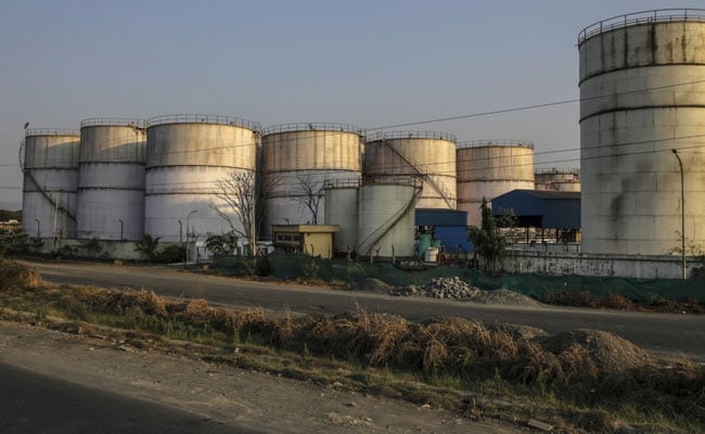 Oil Companies Turn To Spot Crude Amid Cuts By OPEC+, Covid